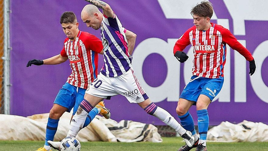 Segunda División B: Sergio Sánchez ya gana con el Sporting B (0-2)