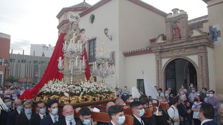 La Virgen del Rosario de Santo Domingo vuelve a bendecir el Llano