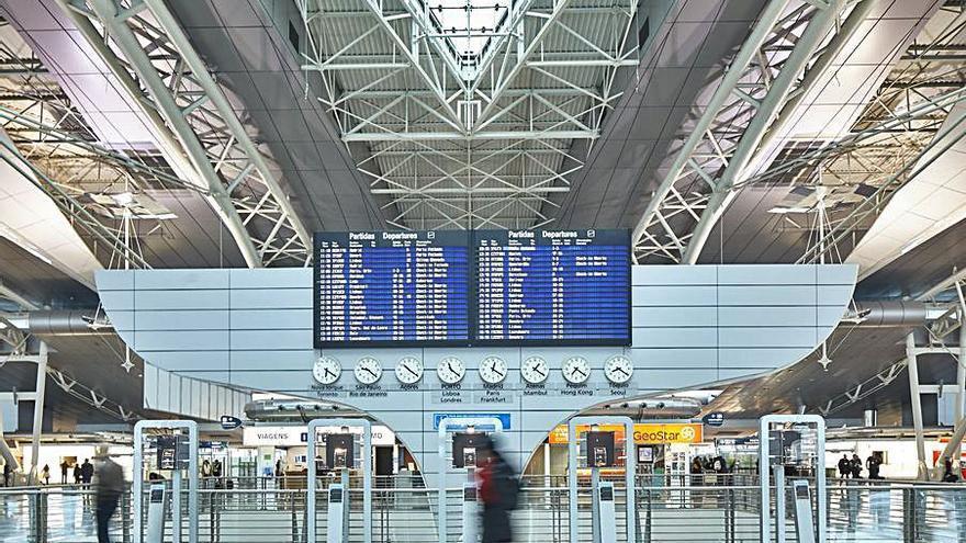 La factura aeroportuaria del Covid al otro lado del Miño: Oporto cae un 63%