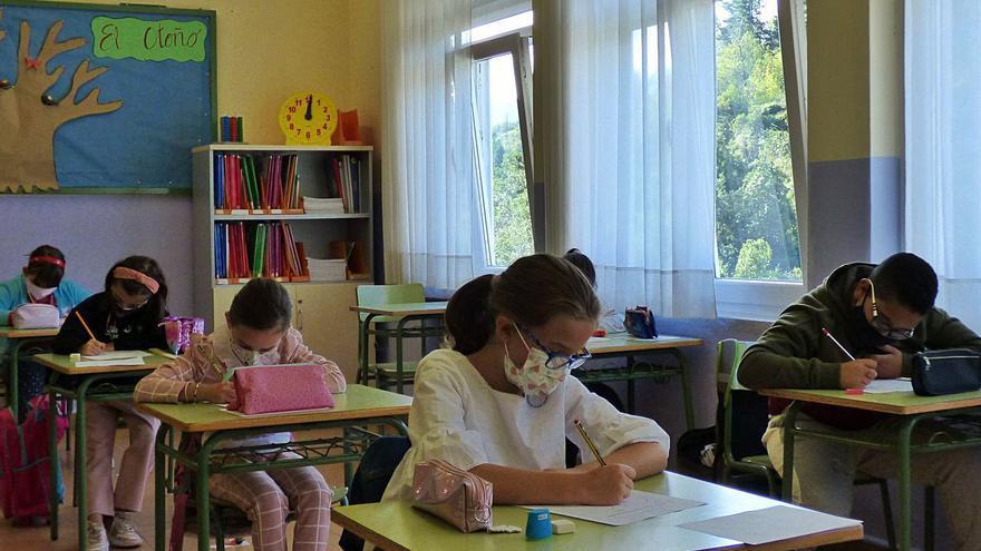 """El CSIC recomienda purificadores de aire en las aulas si hay """"tiempo adverso"""""""