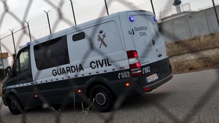 La Guardia Civil registra la casa de Manuela Chavero, desparecida hace 4 años