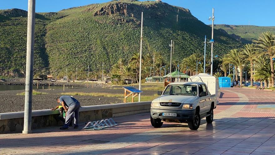 Nuevos aparcabicicletas en San Sebastián de La Gomera