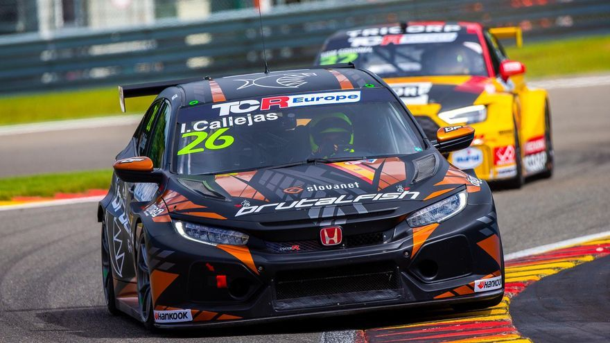 El cordobés Isidro Callejas logra un doble triunfo 'rookie' en Spa Francorchamps