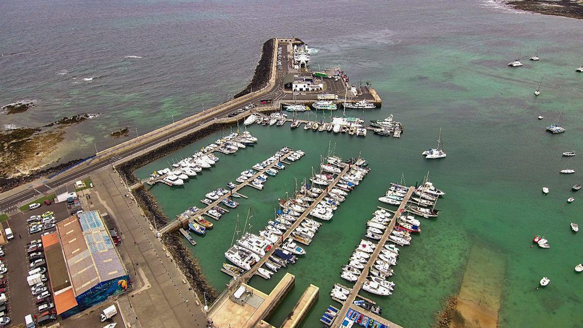 El puerto de Corralejo dispondrá de más atraques con nueve pantalanes nuevos