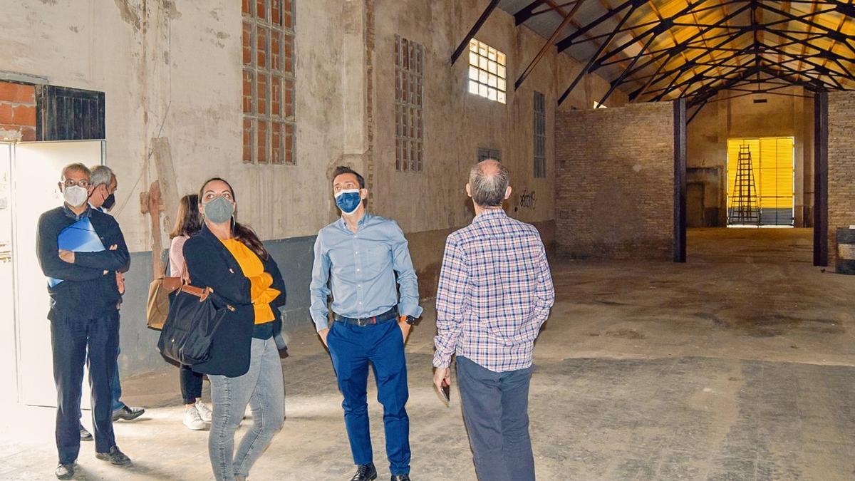 Interior de los antiguos talleres de Torrent