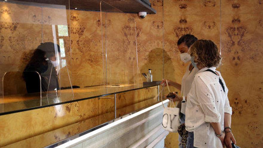 """Cinc hotels gironins ofereixen espais de reunions a Educació com a """"aules satèl·lit"""""""