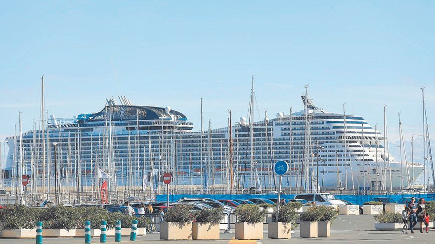El Puerto de València recupera las escalas internacionales de cruceros tras la pandemia