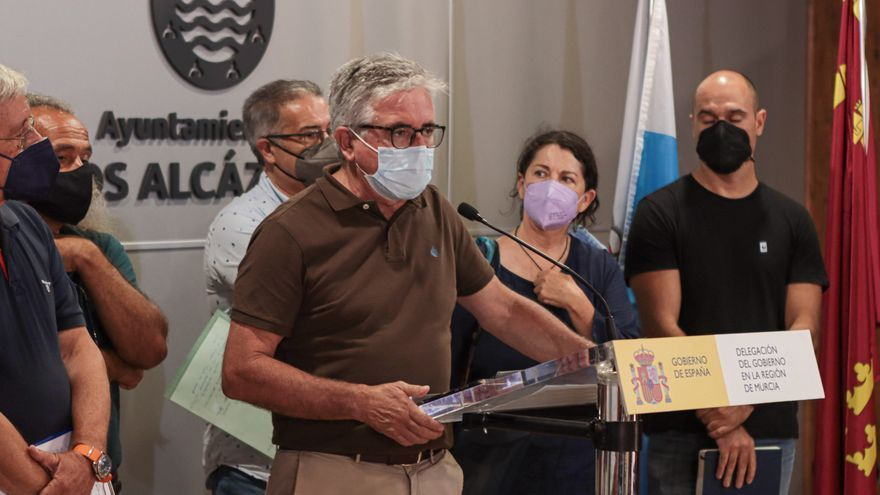 'SOS Mar Menor' reclama a Ribera cerrar el grifo a las hectáreas ilegales que estén en los juzgados