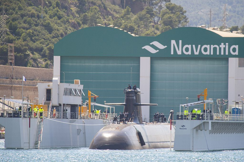 La dotación del S-81 Isaac Peral culmina la puesta a flote industrial del submarino