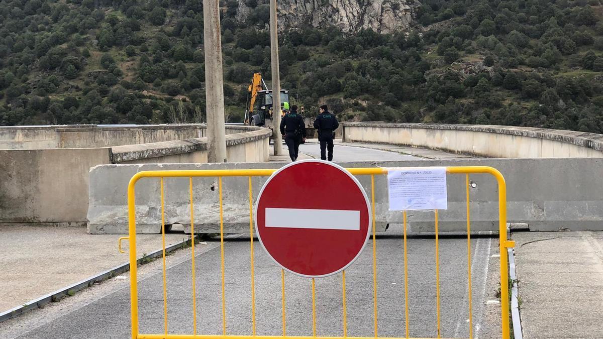 Frontera de Bemposta cerrada