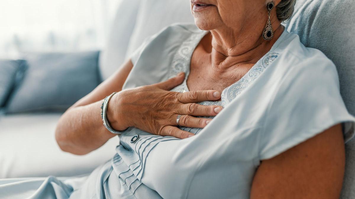 Los ataques al corazón en mujeres son más graves que en hombres