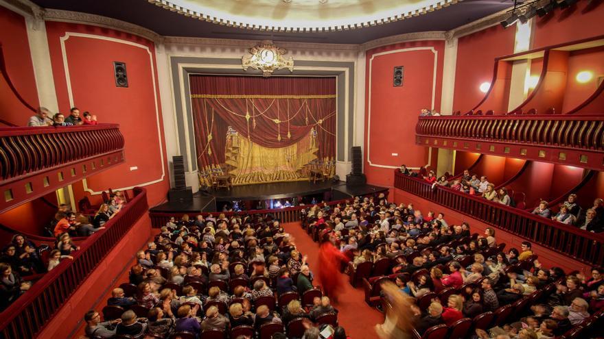 El teatro regresa a Elda tras seis meses de parón por el covid