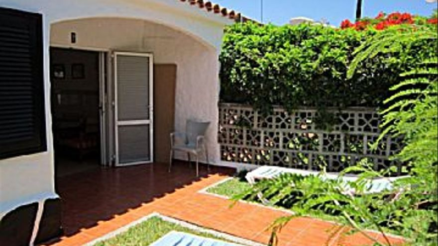 1.100 € Alquiler de piso en Playa del Inglés (San Bartolomé de Tirajana) 89 m2, 2 habitaciones, 1 baño, 12 €/m2...