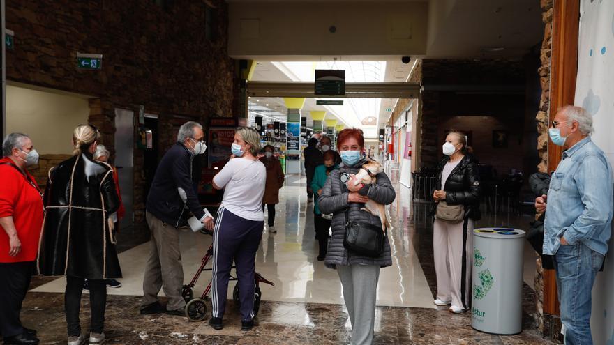 """El """"vacunódromo"""" de Parque Astur tendrá capacidad para poner mil dosis diarias"""