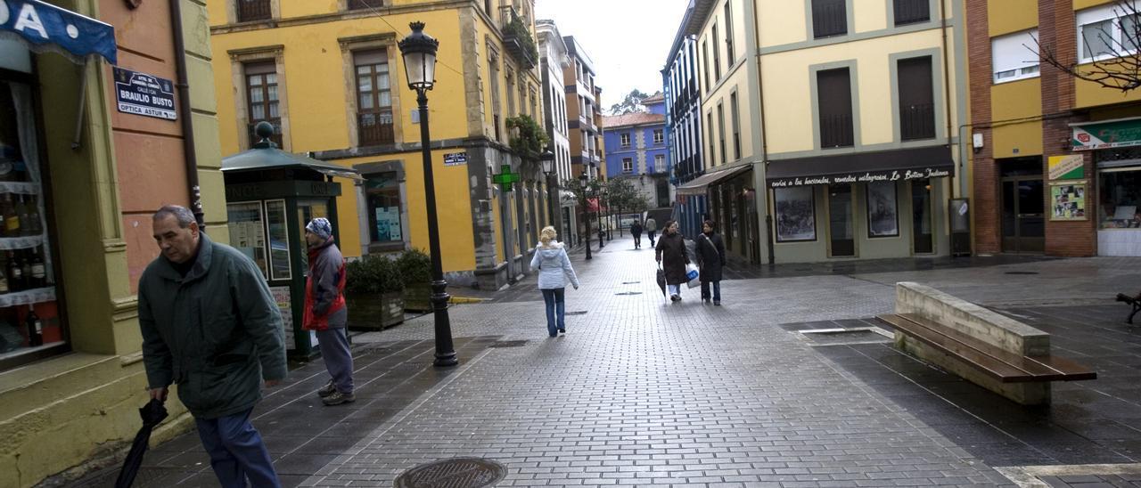 Por las calles del municipio de Carreño.