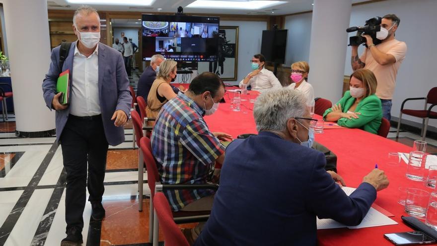 El Gobierno canario espera aprobar el jueves el decreto ley de medidas anti-covid