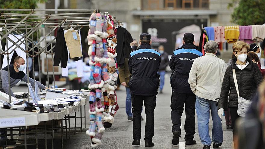 Lalín y A Estrada solo disponen de cinco y once policías para sus plantillas de 18