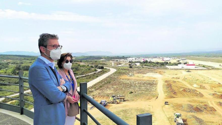 El aeropuerto de Castelló compite con Manises por el transporte de carga