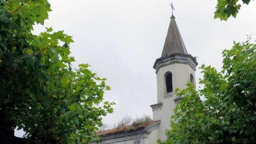 Luz verde a la rehabilitación del tejado de la capilla de La Cadellada
