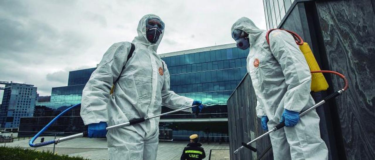 Cómo gestionar el miedo a la pandemia: el testimonio de la mujer que más decisiones tuvo que tomar durante la crisis sanitaria en Asturias