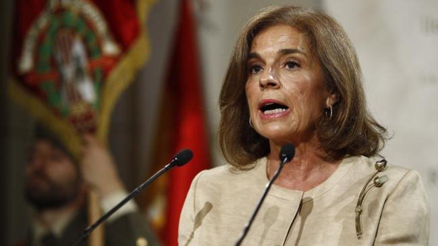 Ana Botella, condenada por la venta de pisos públicos a 'fondos buitre'