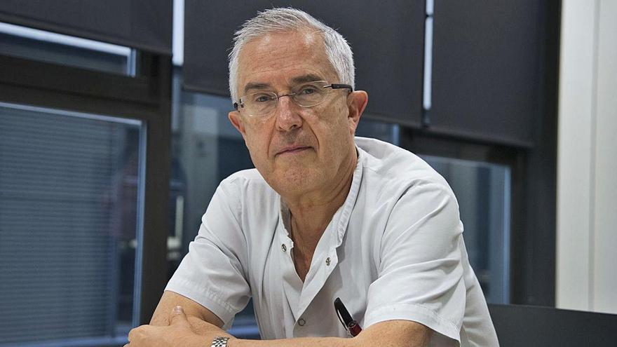 Rafel Pérez és cap de la Unitat de Malalties Infeccioses de Medicina Interna d'Althaia   ARXIU/MIREIA ARSO