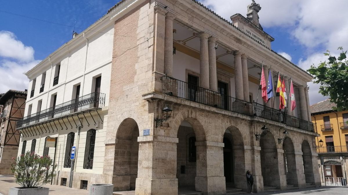 Edificio que alberga las dependencias del Ayuntamiento de Toro