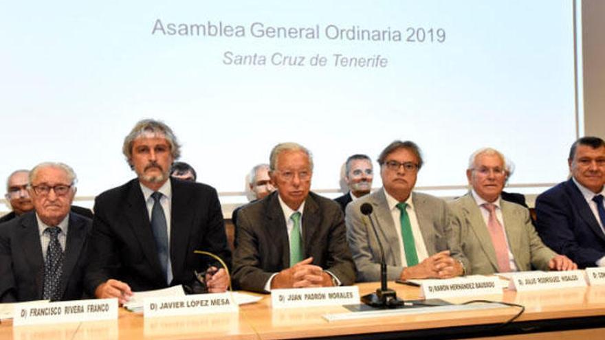 Juan Padrón asume la Presidencia de la Federación Canaria de Fútbol