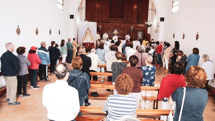 Lanzarote rinde homenaje a su patrona histórica, la Virgen de Las Nieves