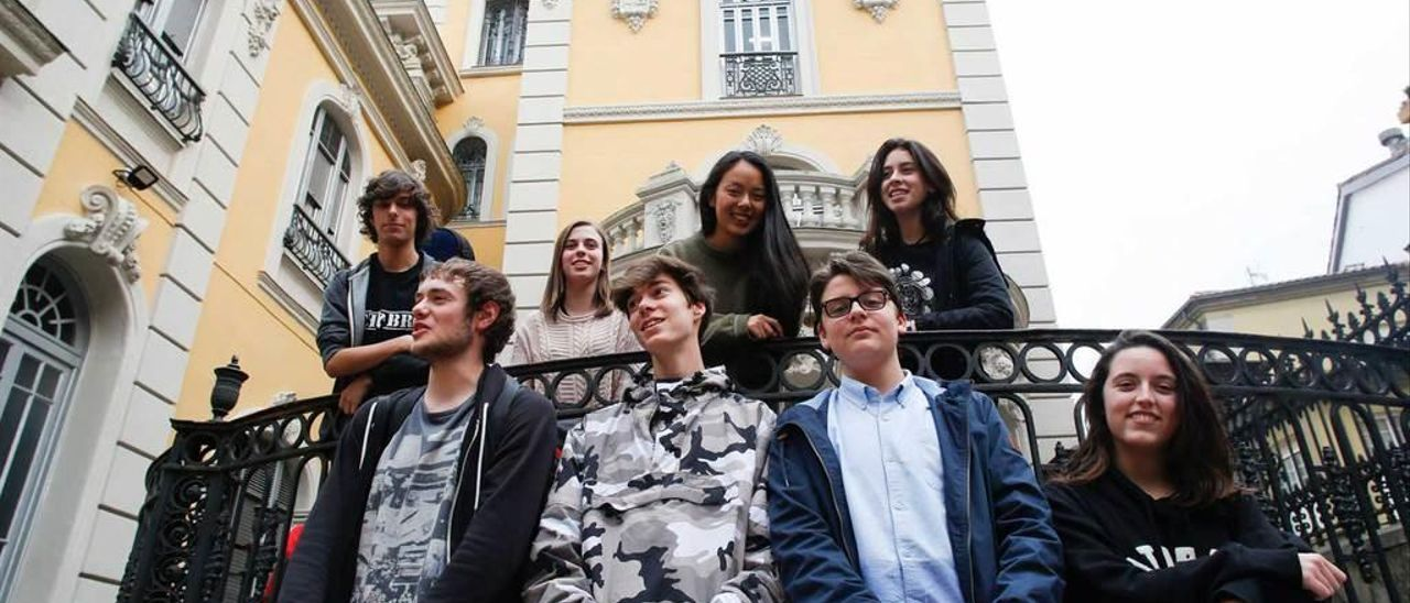 Arriba, Nico Fernández, Iria Viña, Raquel Qiao y Valeria Gaya; abajo, Martín Pérez, Carlos Paredes, Pedro Sáez y Carmen Llena.