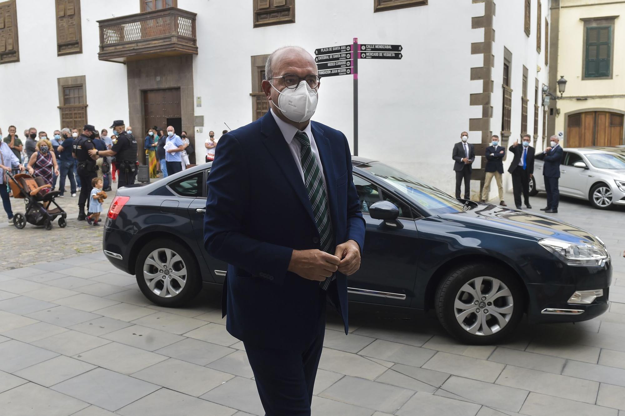 Toma de posesión del nuevo presidente del Tribunal Superior de Justicia de Canarias, Juan Luis Lorenzo Bragado