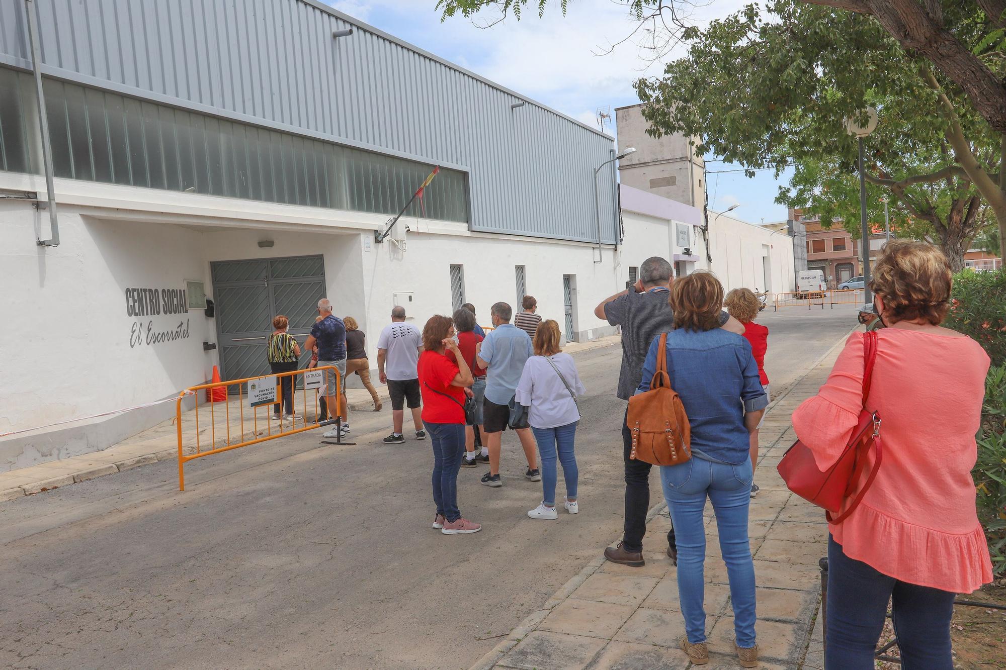 Arranca la vacunación masiva en la Vega Baja