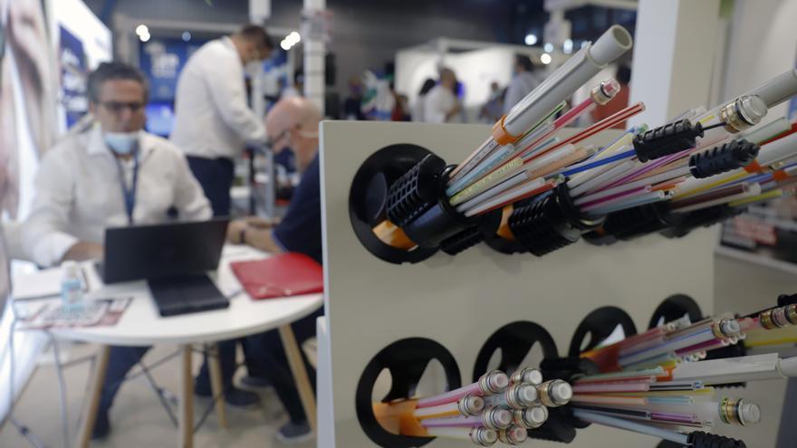 Más de cien empresas muestran los últimos avances en telecomunicaciones en Málaga