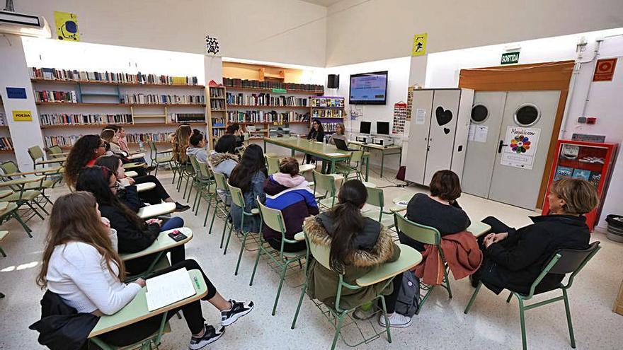 La FAPA pide mantener a los educadores sociales de Ibiza y ampliarlos a otros institutos