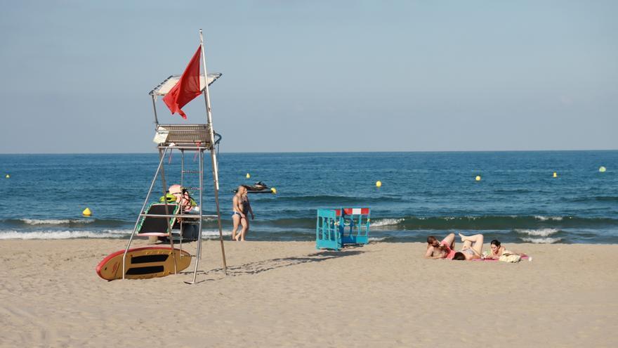 Sin baño en las playas de Castelló, como mínimo, hasta el sábado por la tarde