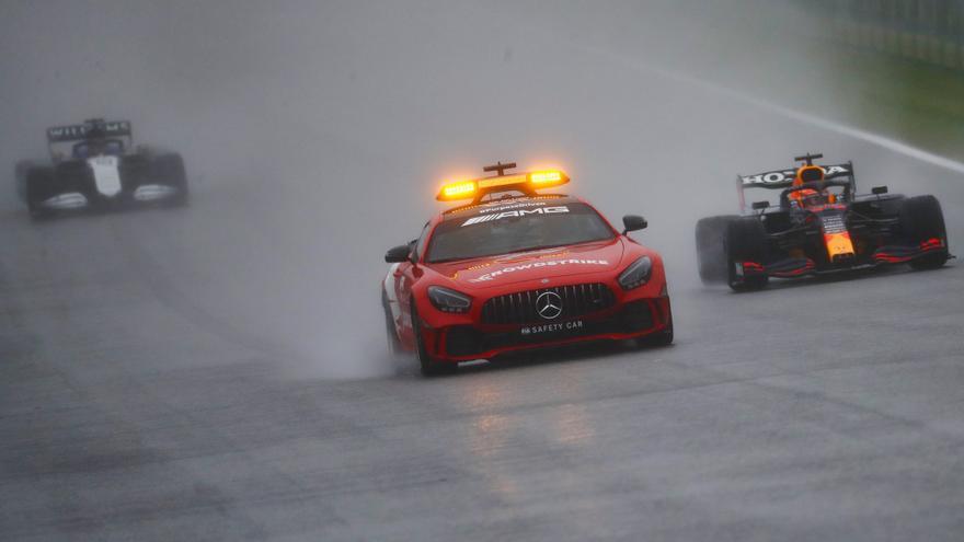 Verstappen guanya la carrera més curta de la història a Spa