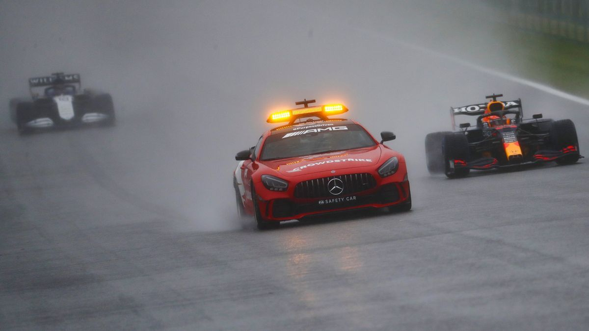 Verstappen gana la carrera més curta de la història a Spa