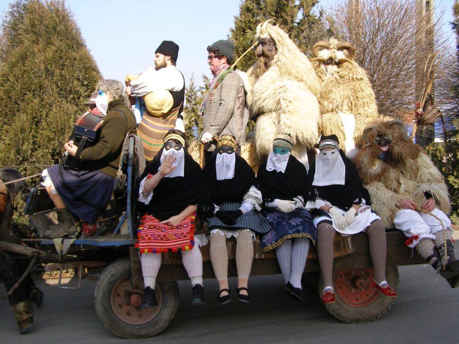 Hungría - Fiesta de los busós de Mohács: carnaval enmascarado tradicional del final de invierno.