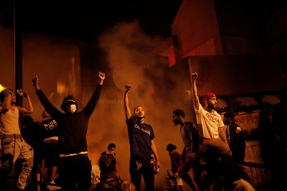 Protestes a Minneapolis per la mort d'un home negre