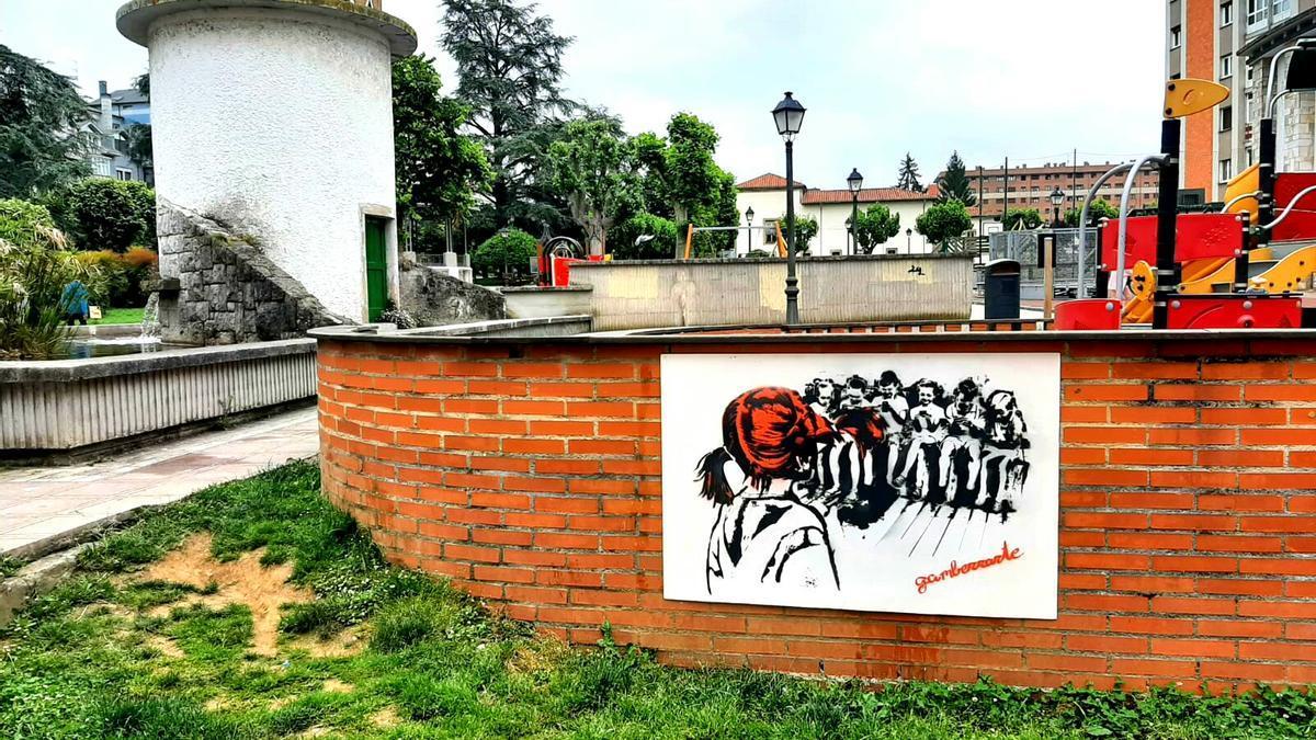 El grafiti aparecido esta mañana en la Pola