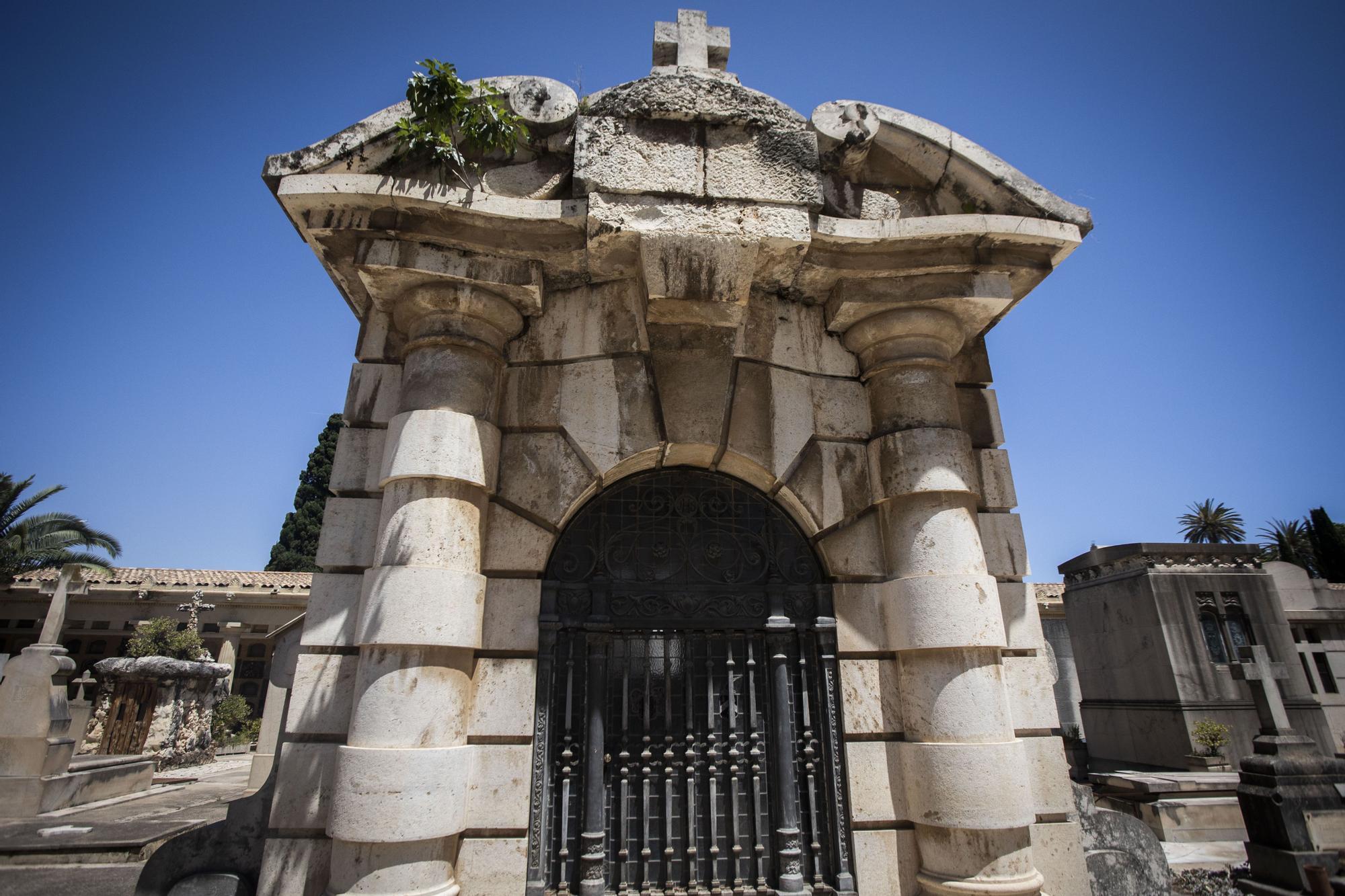 Los panteones más misteriosos del Cementerio General