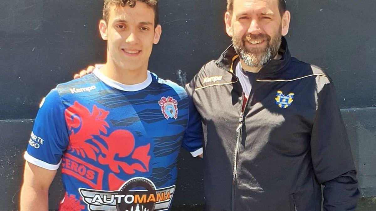 Jaime Leira y Mingos da Cunha, jugador y entrenador del Automanía Luceros.