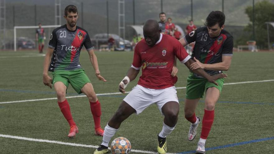 El Cardona segueix invicte amb un solitari gol de Raji