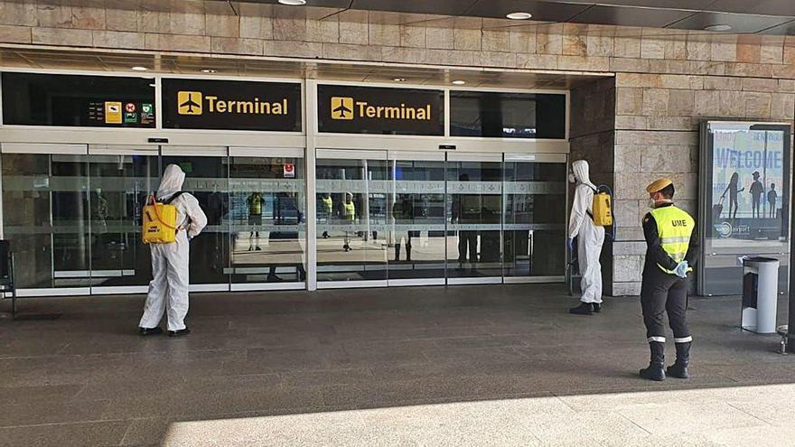 La pandemia reduce a menos de la mitad la llegada de turistas extranjeros en julio a Galicia