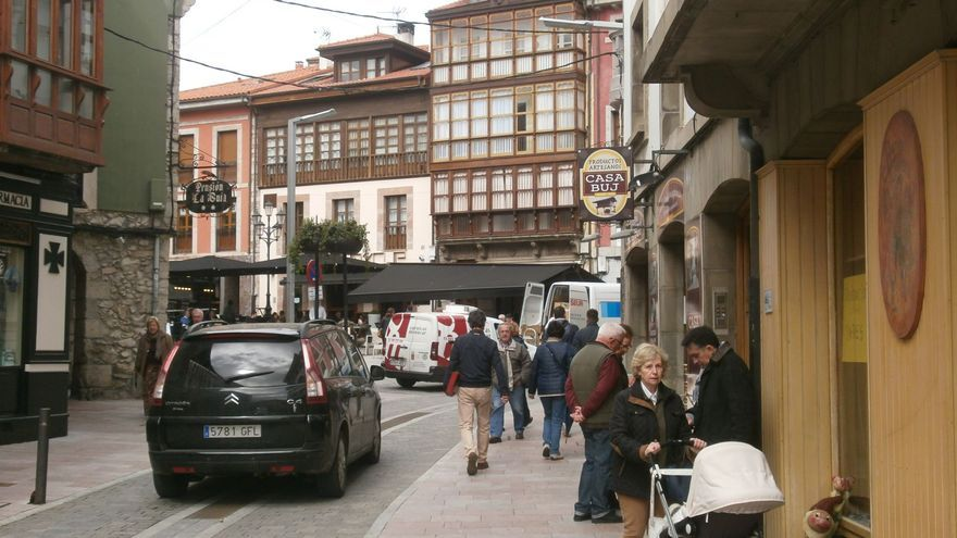 Llanes peatonaliza el centro urbano de la capital durante el verano