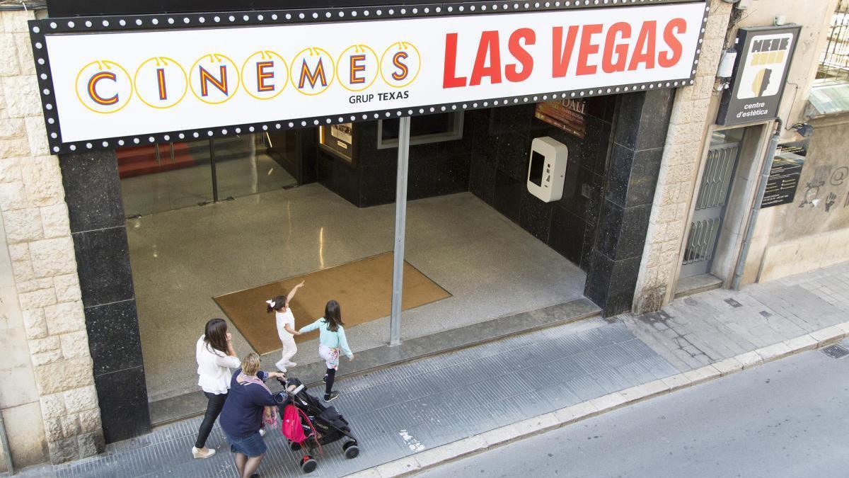 Els cinemes podran obrir sempre que compleixin les mesures sanitàries indicades pel Procicat.