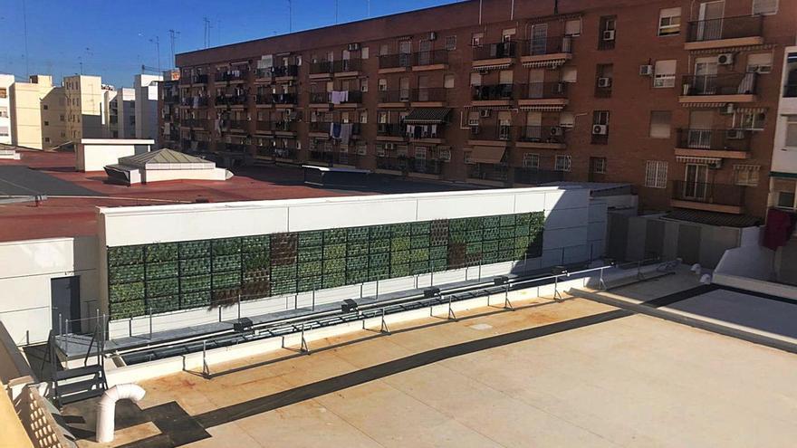 Los supermercados se lanzan a ampliar o abrir nuevas tiendas en València