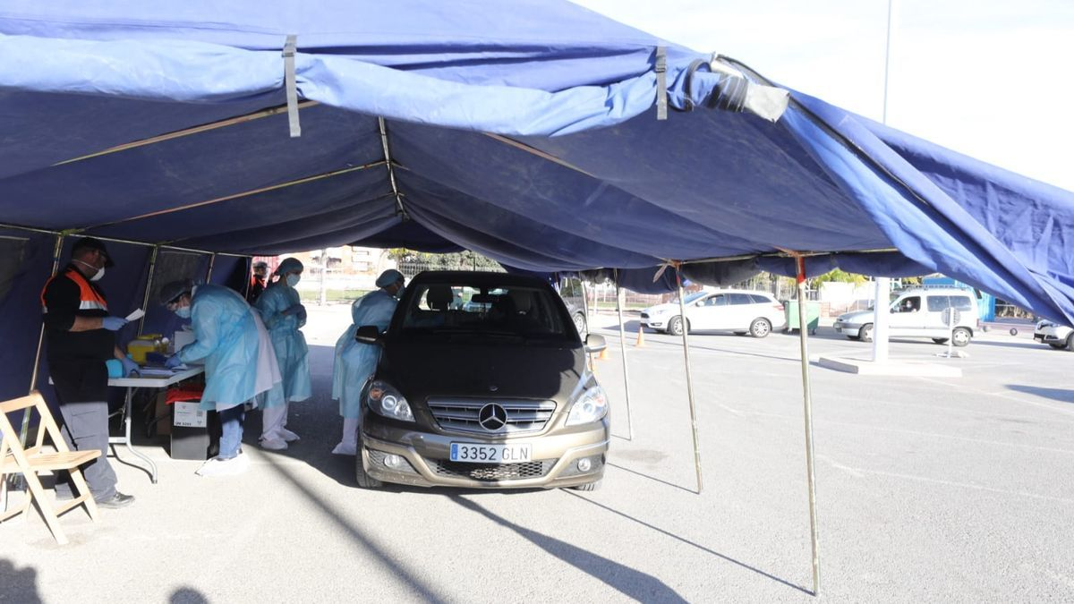 The tent for PCR that has been installed in Elche