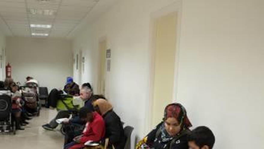 Pediatría del Hospital General de Elche detecta más casos de gripe A que del virus común