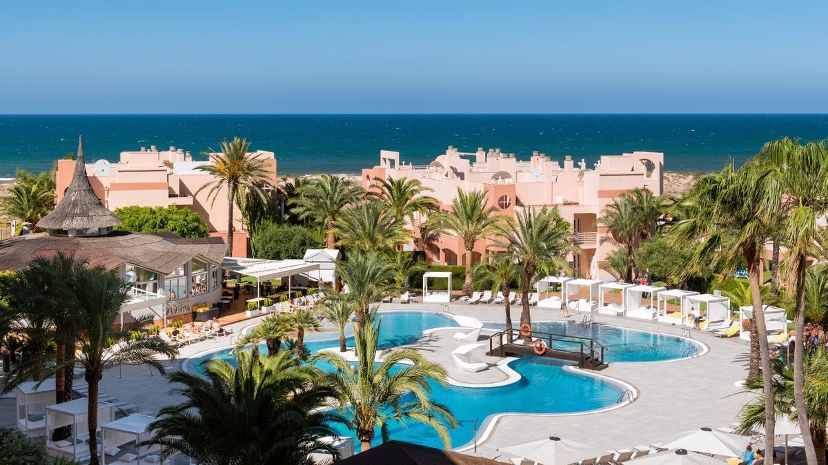 Oliva Nova Beach & Golf Resort se convierte en destino ideal para unas vacaciones con niños inolvidables este verano.